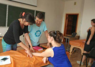 Миопластический массаж тела